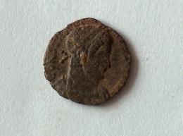 ROMAINENUMMUSCONSTANCE II A IDENTIFIER 1.2g1.5cm - 5. L'Anarchie Militaire (235 à 284)