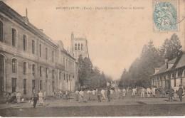 27 - BEC HELLOUIN - Dépôt De Remonte Cour Du Quartier - France