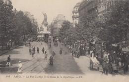 CPA - Paris - La Rue Tubigo Et La Statue De La République ( 3e Arrondissement ) - Paris (03)