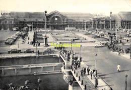 CPSM CHARLEROI  LA GARE DU SUD ET LA PLACE - Charleroi