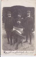 """Carte Photo/cpa-42-montbrison Hopital -militaires Lisant Le Journal """" La Tribune""""-guerre 14/18 - Andere Gemeenten"""
