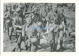 Wehrmacht - Maschinengewehr 34 Ou MG34 - Fusil-mitrailleur MG 34 - Mitrailleuse Allemande Avec Bandes De Munition - Krieg, Militär