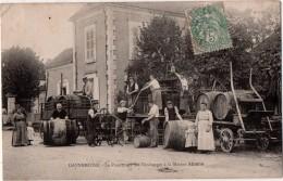 Dannemoine Le Pressurage Des Vendanges De La Maison Abadie - Other Municipalities