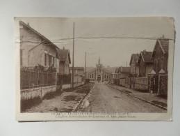 Villeneuve-Saint-Georges, L'église Notre-Dame-de-Lourdes Et Rue Jules-Verne. - Villeneuve Saint Georges