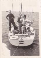 25817  Belgique -bateau Yatch -marin Femme Voilier -sans Doute Entre 1943 Et 1950 - - Bateaux