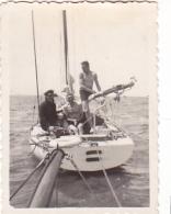 25818  Belgique -bateau Yatch -marin Femme Voilier -sans Doute Entre 1943 Et 1950 - - Bateaux