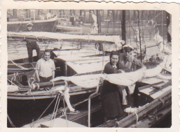 25824  Belgique -bateau Yatch -marin Femme Voilier Port -datée Vers 1943 - Bateaux