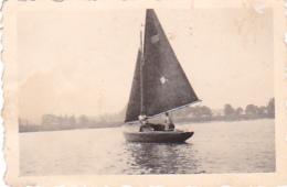 25835 Belgique -bateau Yatch -Régate à Rupelmonde -marin Femme Voilier PIKI -datée 12 Sept 1942 -Course Relais