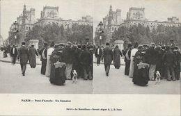 Paris - Pont D'Aréole: Un Camelot - Stéréo Le Merveilleux - Carte Précurseur E.L.D. Non Circ - Stereoskopie