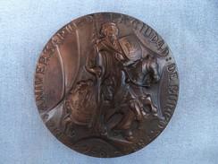 Grande Et Belle Médaille Concave 1100 Em Anniversaire De BURGOS Signée - Otros
