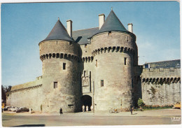 Guerande: CITROËN DS & 2CV, MOPED  - Porte St-Michel - (1627, F.) - Passenger Cars