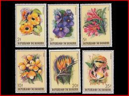 Burundi 0944/49**/MNH   Fleurs - 1980-89: Mint/hinged