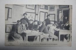 29 :  ( Guilvinec ) A L'Abri Du Marin : Cours Méthodiques D'Enseignement Mutuel De Navigation - Guilvinec