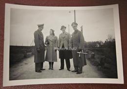 Altes Foto Deutsche Soldaten Offiziersdolch 3. Reich Militär WK 2 - Sammlerwaffen