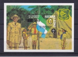 HOJA BLOQUE DE SIERRA LEONA DEL 75 ANIVERSARIO DE LOS BOY SCOUTS - Movimiento Scout