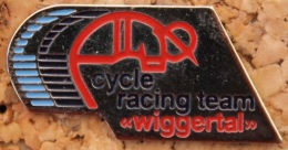 VELO - CYCLISME - CYCLISTE - CYCLE RACING TEAM WIGGERTAL  -                 (BLEU) - Wielrennen