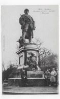 METZ EN 1919 - ON LES A ! MONUMENT PROVISOIRE AU POILU A L' ESPLANADE AVEC SOLDATS - CPA NON VOYAGEE - Metz