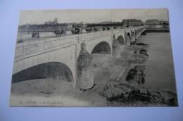 CPA 37 INDRE ET LOIRE TOURS. Le Grand Pont.