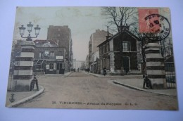 CPA 94 VAL DE MARNE VINCENNES. Avenue Du Polygone. - Vincennes