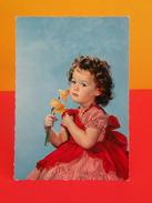 France > Thèmes > Enfants > Portraits > Enfants, La Fillette à La Jonquille - Non Circulé - Portraits