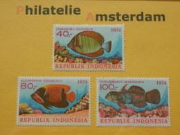 Indonesia 1974, FAUNA FISH FISCHE VISSEN POISSONS PECES PESCI: Mi 794-96, ** - Fishes
