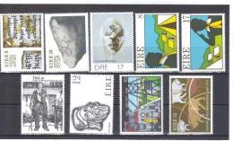 SAR4654  IRLAND  Postfrisches LOT Aus 1977 Siehe ABBILDUNG - 1949-... Republik Irland