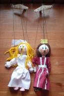 Lot De 2 Marionnettes Tchèque En Bois Masek - Princesse Et Reine - Puppets