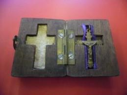CROIX De Mission 19 ° S. Dans Petite Boite De Voyage D´origine ! Superbe Religion Catholique Jésus - Religión & Esoterismo