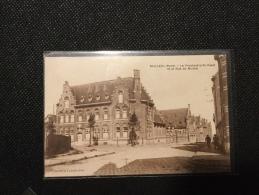 BAILLEUL  - Le Presbytère St-Vaast Et La Rue Du Musée - France
