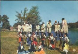 """! - France - Costumes Landais - """"Lous Bectous De Countis"""" - Groupe Folklorique De St-Julien En Born - Costumes"""