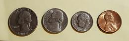 Etats Unis Quater Dollards 1980 Five Cent 1982 One Dime 1989 On Cent1986 Voir Les Deux Photos - Münzen & Banknoten