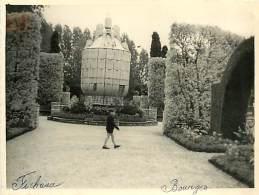 PIE-16 -1209 :  PHOTO DE VOYAGE FORMAT ENVIRON 9 X 12.5 CM BOURGES JARDIN DES PRES FICHAUX - Bourges