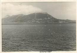 PIE-16 -1234 :  PHOTO DE VOYAGE FORMAT ENVIRON 9 X 12.5 CM DETROIT DE GIBRALTAR - Gibraltar