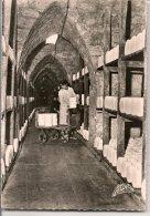 L10G037 - Roquefort Sur Soulzon - Garnissage Des Caves  - Marceau Carrière  N°9451 - Roquefort