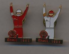 SHELL *** CHAMPION 1992 *** Lot De 2 Pin's Differents *** A024 - Carburanti