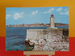 France > [13] Bouches-du-Rhône > Marseille > Monuments > Phare - Non Circulé - Monumenten