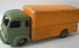 DINKY TOYS SIMCA CARGO - Toy Memorabilia