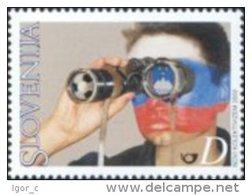 Slovenia Slovenie Slowenien 2002 Footbal Soccer Fifa World Cup Korea Japan Fans Supporters Flags Field Glasses MNH ** - 2002 – Corea Del Sud / Giappone