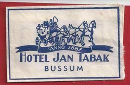 NL.- Suikerzakje. BUSSUM. HOTEL JAN TABAK. ANNO 1687.. Sugar. Suiker. Zucker. - Zucker