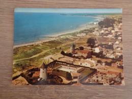 CPA PHOTO 85 NOIRMOUTIER LA GUERINIERE VUE D'ENSEMBLE DES 3 MOULINS - Noirmoutier