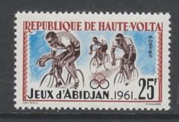 TIMBRE NEUF DE HAUTE-VOLTA - CYCLISME (JEUX SPORTIFS AFRICAINS D´ABIDJAN) N° Y&T 105 - Ciclismo