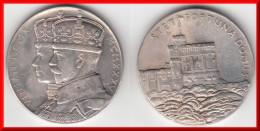 ** GRANDE-BRETAGNE - GREAT BRITAIN - MEDAILLE - MEDAL - STET FORTUNA DOMUS 1910-1935 SILVER JUBILEE GEORGE V - ARGENT ** - Royaux/De Noblesse