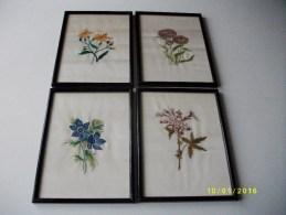 4 Cadres: Fleurs Brodées Sur Tissu - Popular Art