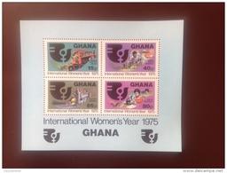 Ghana International Woman's Year 1975 Minisheet MNH - Ghana (1957-...)