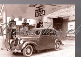 5-771 CZECH REPUBLIC 2002 Oldtimer Skoda Rapid 1935–38 Type 901  + Old Filling Station - Print Skoda Auto Muzeum - Voitures De Tourisme