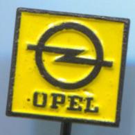 OPEL - Car Auto, Automotive, Vintage Pin, Badge, Abzeichen - Opel