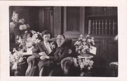 25855 Carte Photo Belgique Sans Doute Femme Homme Couple Mariage Fleurs ?  De Bourseigne Neuve - Couples