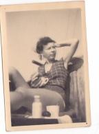 25881 Photo Belgique Anvers ? -bateau Yatch -marin Femme Couple Voilier Port - Daté 1943 - - Bateaux