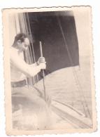 25887 Photo Belgique Anvers ? -bateau Yatch -marin Femme Couple Voilier Port - Daté 1943 -