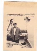 25920 Photo Belgique Anvers Antwerpen ? -bateau Yatch Regate Marin Femme Couple Voilier - Année 40-50